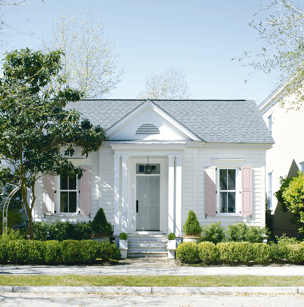 Exterior Paint in Fort Worth, Texas - Frontier Paint Company - Benjamin Moore Authorized Retailer